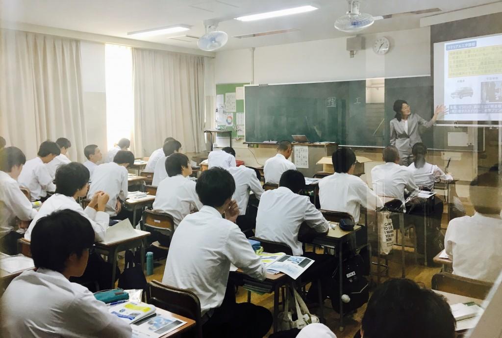 和歌山県立橋本高校にて進路ガイダンスを実施