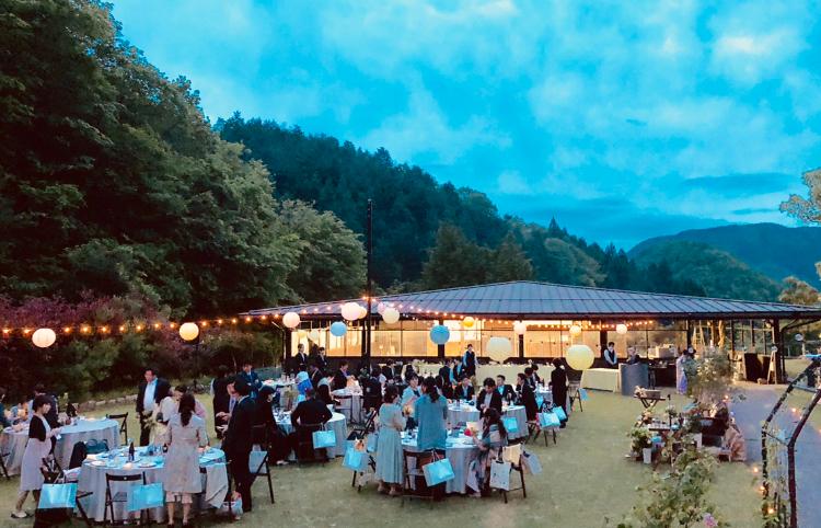 先日は福知山でガーデンウェディングでした。